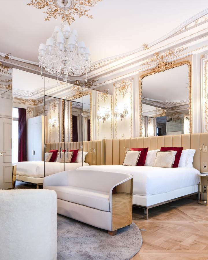 lustre-grande-taille-hotel-bowmann